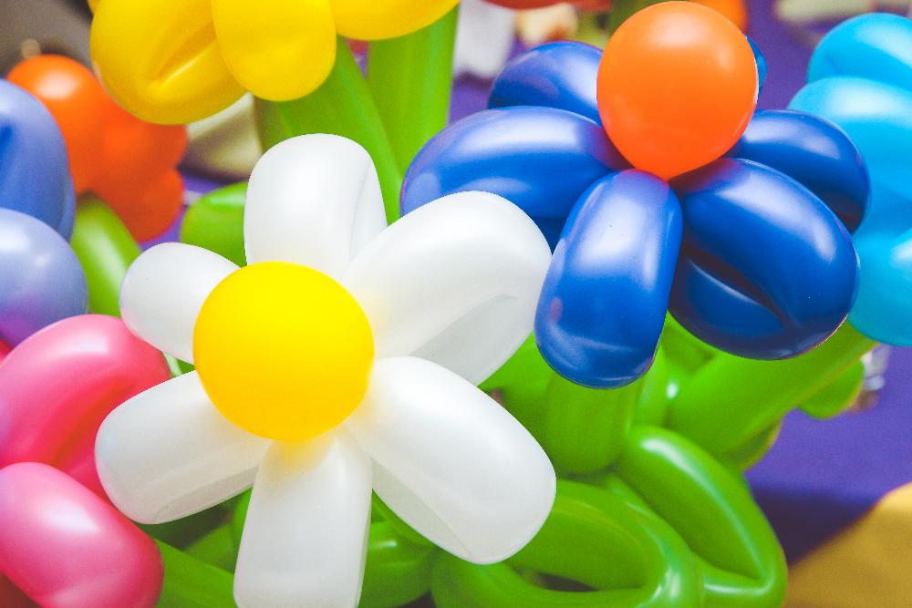 Букет цветов из шаров