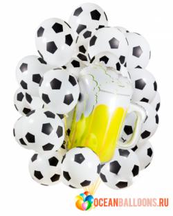 Главному фанату футбола букет из 21 воздушных футбольных шаров