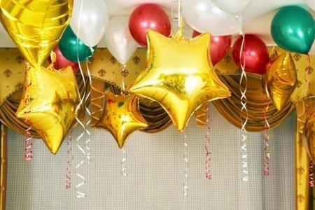 «Вечеринка» подборка из 40 разноцветных воздушных  шаров и 6 звезд