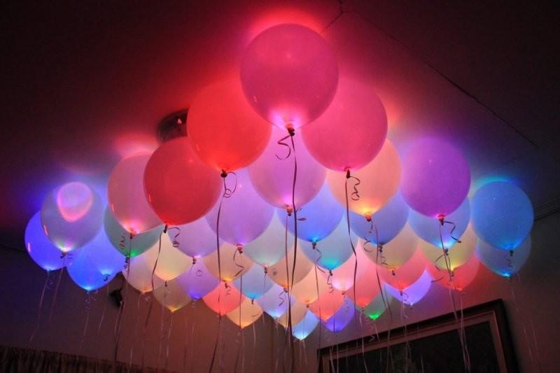 Круглые светящиеся шары