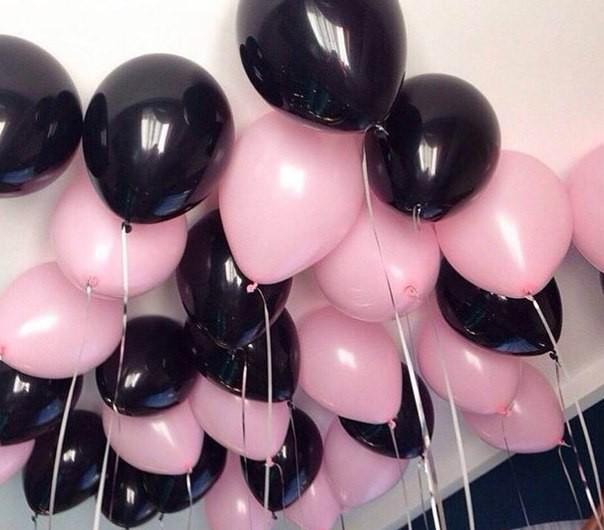 Шарики под потолок черные и светло розовые 40шт.