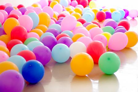 5 идей как украсить шарами детский праздник