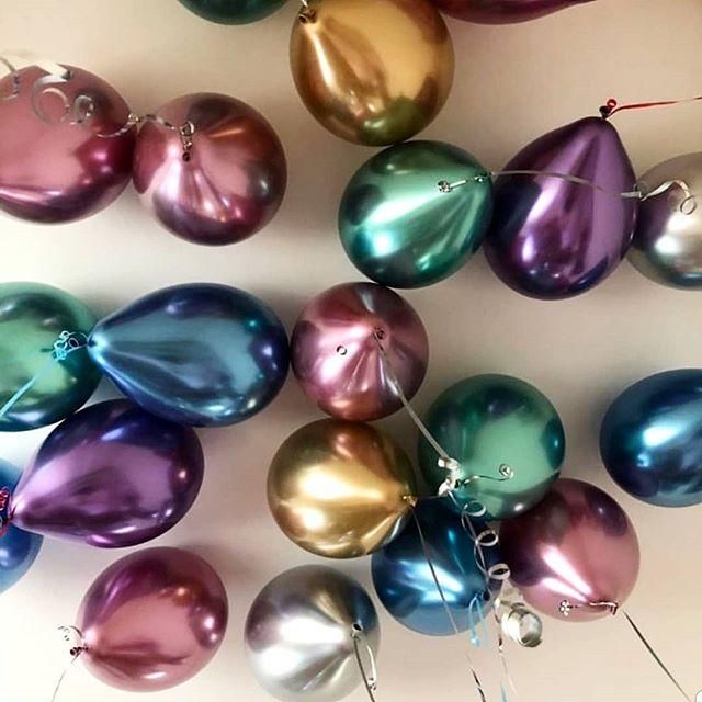 Гелиевые шарики хром 30 шт под потолок
