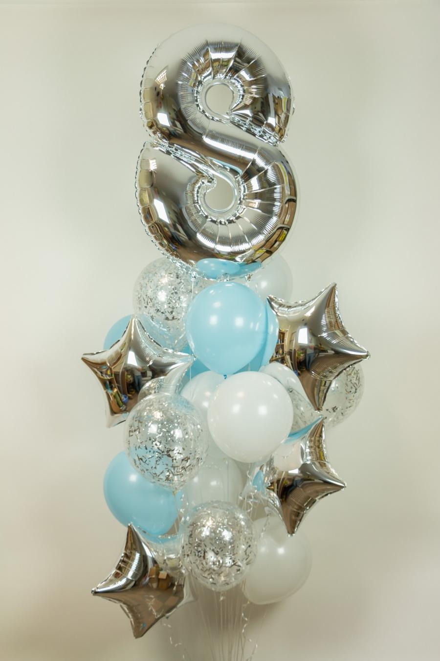 Композиция «Цифра на небе» из воздушных шаров