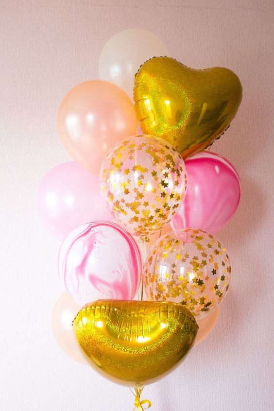 Букет «Золотой бутон» из воздушных шаров
