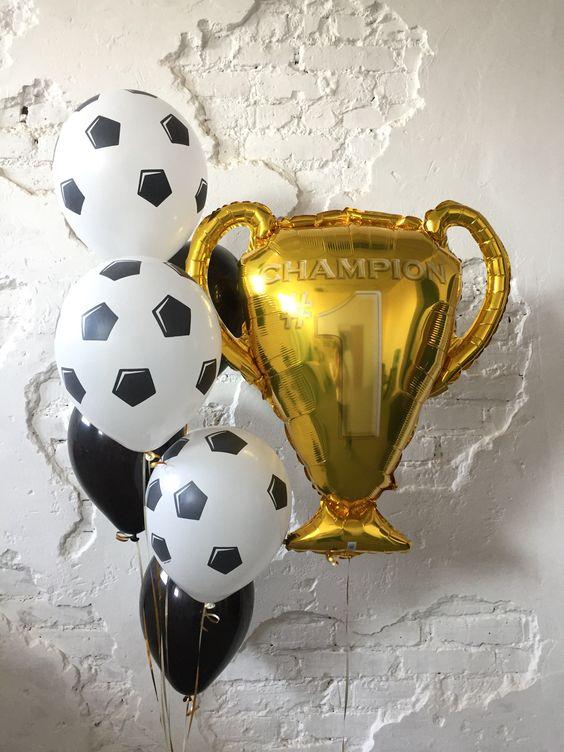 Композиция «Футбольный кубок»
